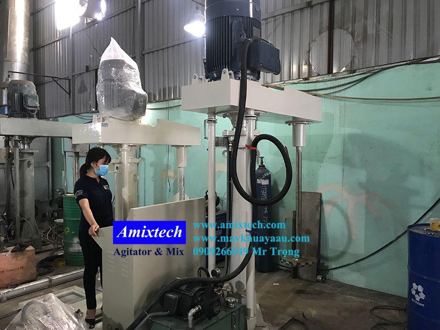 máy khuấy sơn công nghiệp 2000 lít