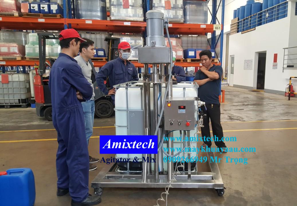 máy khuấy hóa chất thùng ibc 1000 lít